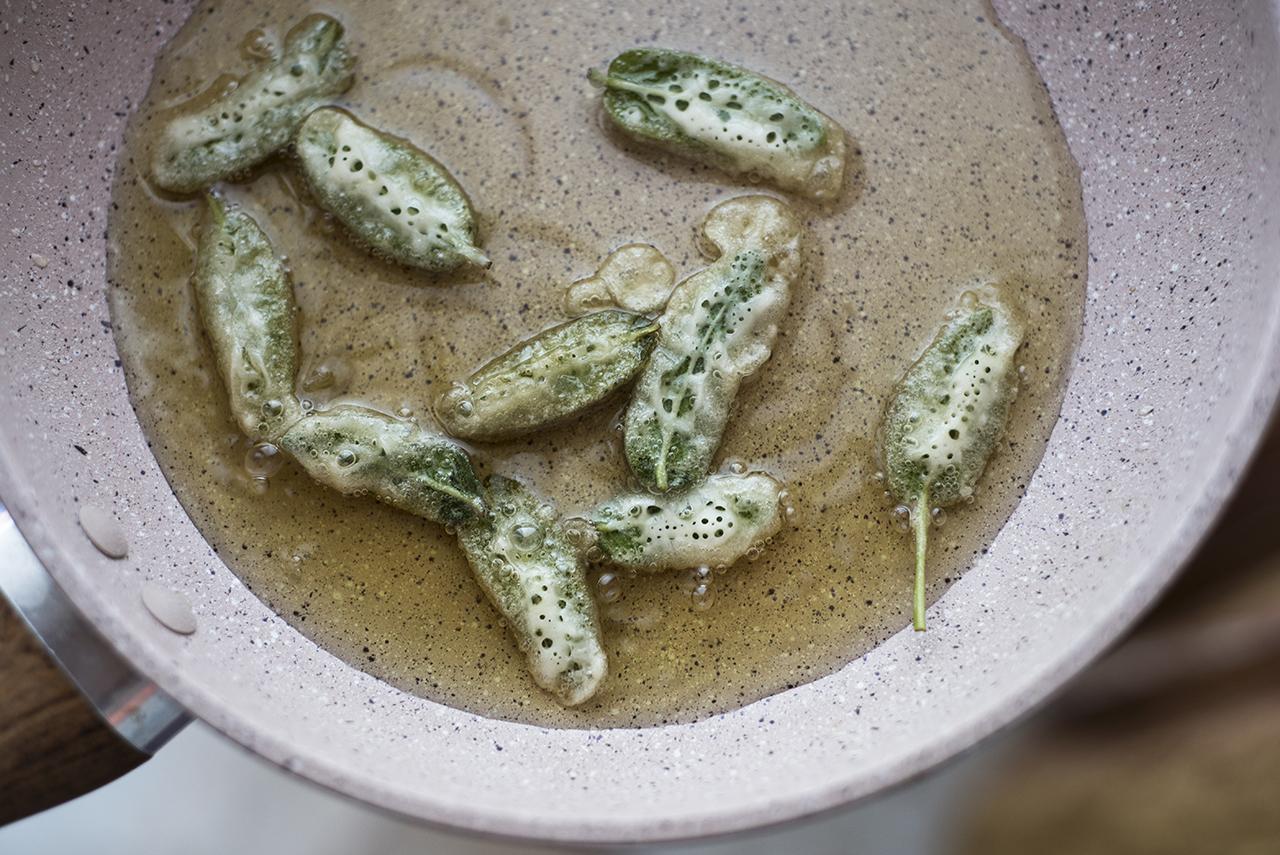Salvia in tempura frittura